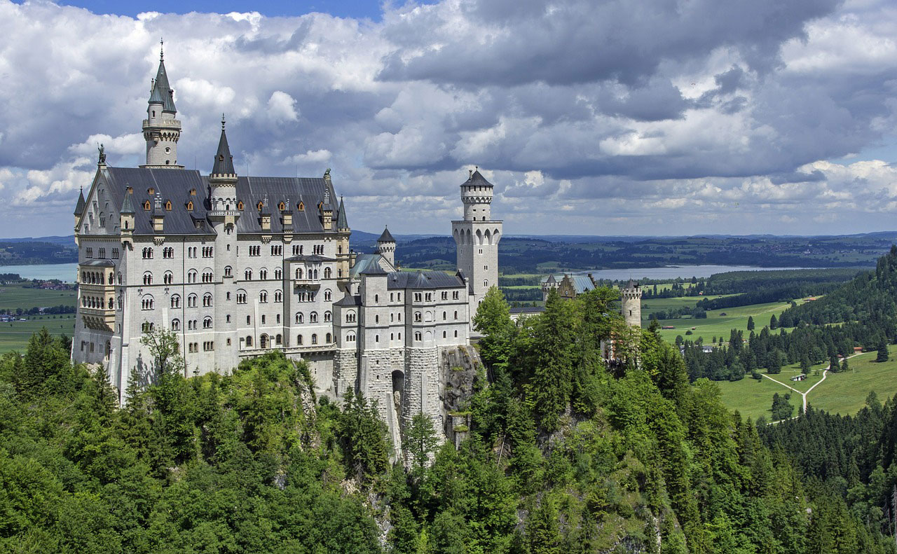 neuschwanstein-castle_CEO_board_advisor